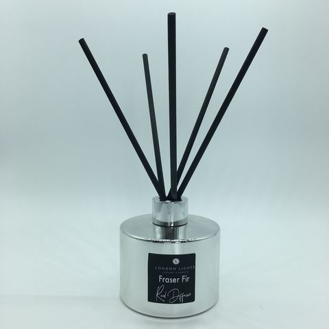 Fraser,Fir,Luxury,Reed,Diffuser,by,London,Lights,London-Lights-Reed-Diffuser-Fraser-Fir-5oz-Silver