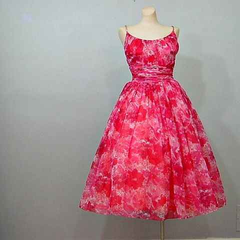 50s,Saks,Fifth,Avenue,Floral,Chiffon,Party,Dress,36B/25W,1950s, 50s, 1960s, 60s, vintage, retro, Mad Men, dress, chiffon, floral, red, pink, full skirt, party, Betty, romantic,