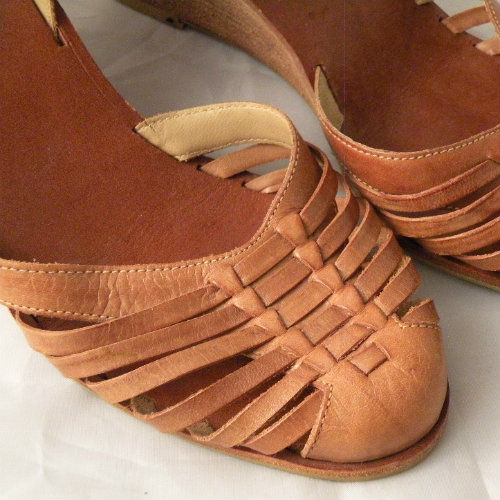 70s Huarache Wedge Sandals 7 5 Pretty Sweet Vintage