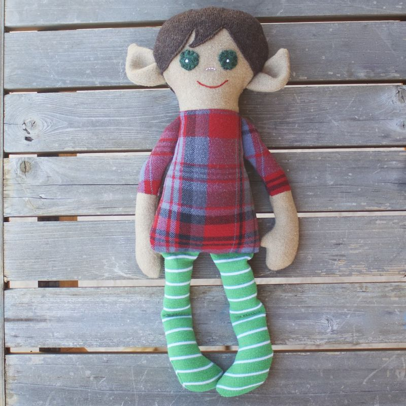 Oscar - Small handcrafted elf doll - product image