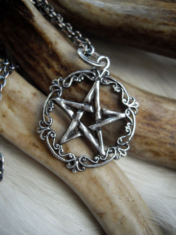 pentacle,necklace,,sterling,silver,,victorian,,gothic,style,Jewelry,Necklace,Metalwork,religious_protection,womans_talisman,romantic_feminine,metal_charm_for_her,sterling_pentacle,dark_chain,witch_jewelry,witches_of_etsy,metaphysical,spiritual_jewelry,sterling_silver,wiccan_pagan,bear_country_studio,STERLING SILVE