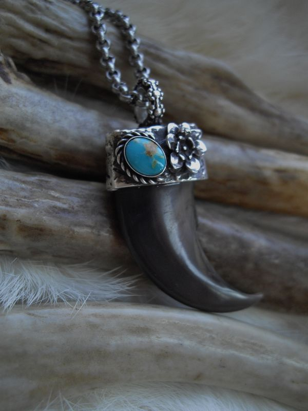 genuine bear claw set in a sterling silver and turquoise cap  - product images  of