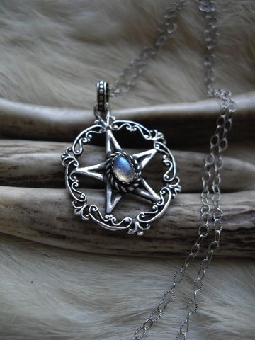 pentacle,necklace,with,oval,labradorite,in,sterling,silver,,victorian,,gothic,style,on,a,silver,chain,bear country studio, pentacle, talisman, pagan, victorian, labradorite, pentacle charm, silver pentacle