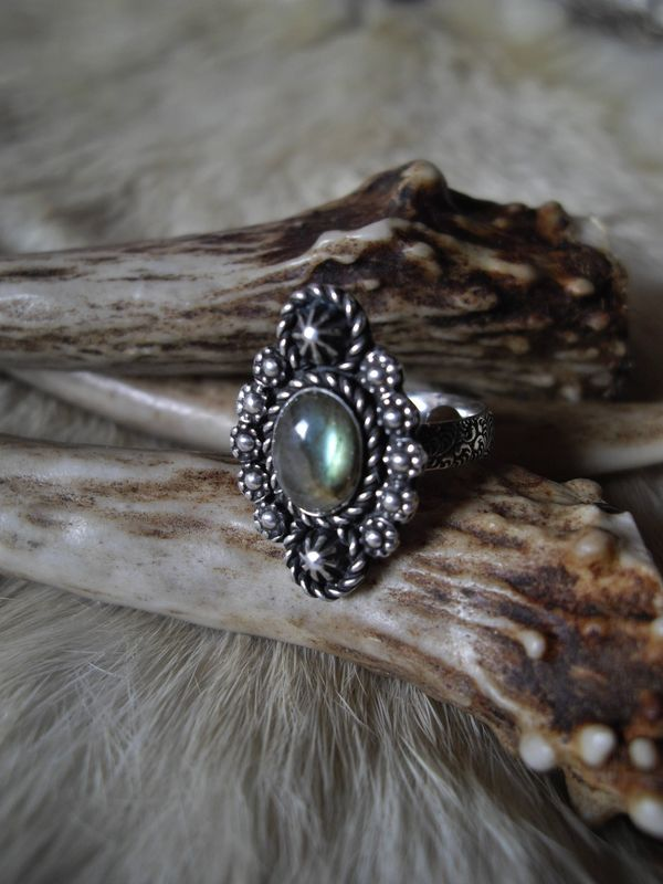 sterling silver  boho gypsy southwest style labradorite ring in size 6 - product images  of