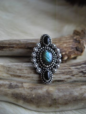 sterling,silver,boho,gypsy,southwest,style,labradorite,and,onyx,pinkie,ring,in,size,3,1/2,pinkie ring, blue stone, labradorite, black, onyx, silver rings, boho rings, gypsy, southwest, victorian, sterling silver, custom rings