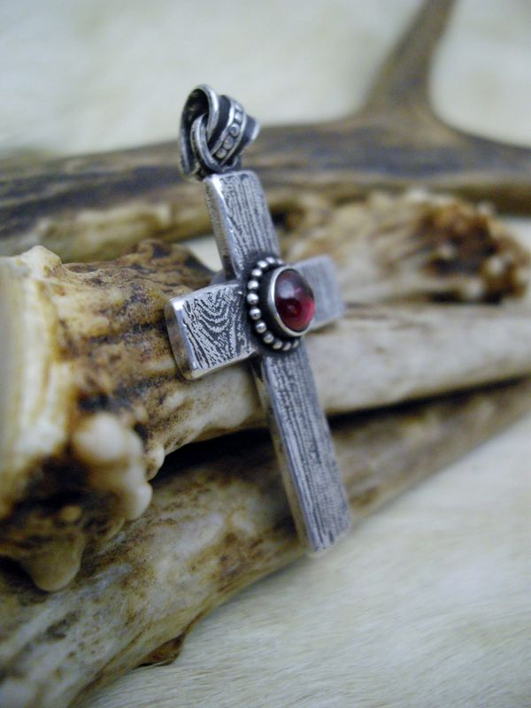 Sterling silver and Garnet wood grain  cross pendant necklace   - product images  of
