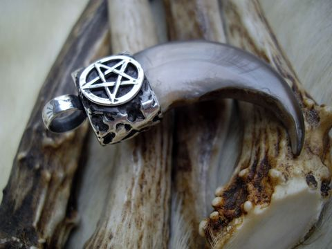Pentacle,and,bear,claw,pendant,bear claw necklace, bear claw pendant, pentacle jewelry,  custom jewelry, Bear Country Studio, jewelry for men, necklace for guys