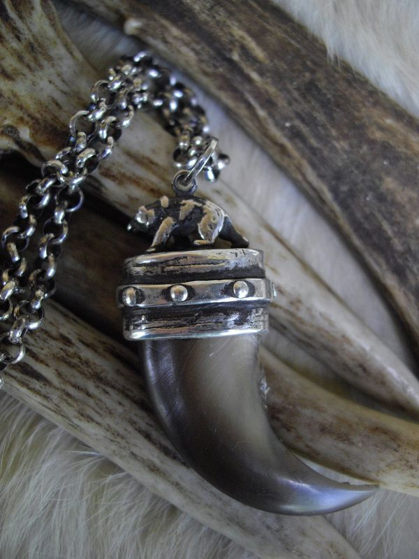 Bear claw set in a  sterling silver cap pendant necklace - product images  of