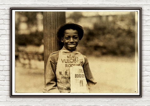 Lewis,Hine,Roland,,newsboy,,Newark,,New,Jersey,,1924,newsboy, Newark, New Jersey, vintage photo, lewis hone, photographer, boy, north carolina, antique photo
