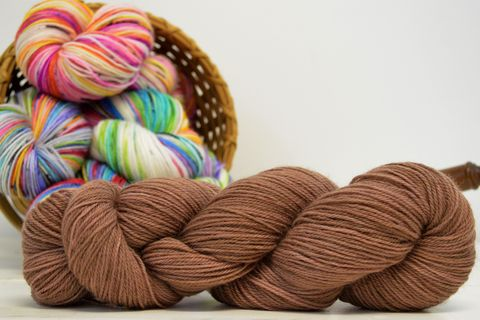 Chocolate,Chip,yarn, kettle dyed, indiedyed yarn, solid yarn, tonal yarn