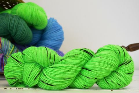 Sprout,~with,Speckles,yarn, kettle dyed, indiedyed yarn, solid yarn, tonal yarn