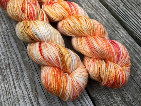 Maple,Leaf,yarn, hand dyed, wool, autumn yarn, fall yarn