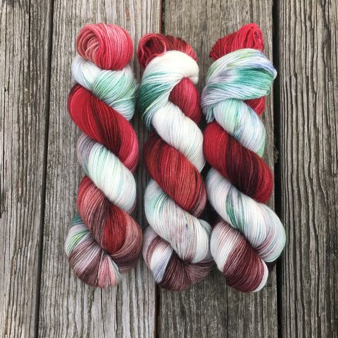 Red,Barn,in,Winter,yarn, hand dyed, wool, handdyed, indie dyed, christmas yarn, holiday yarn, red barn in winter, winter barn, winter yarn