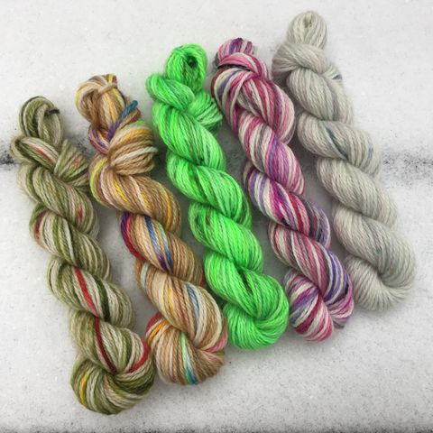 Hogwarts,Holiday,Mini,Coquette,Skein,Pack,mini skeins, minis, yarn minis, sample yarns , sample pack , sample skeins, Hogwarts, Hogwarts Christmas, Harry Potter