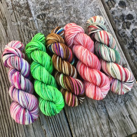 Holiday,Cheer,Squishy,DK,Mini,Skein,Pack,mini skeins, minis, yarn minis, sample yarns , sample pack , sample skeins, dk minis, dk mini skein, dk yarn, dk sample skeins