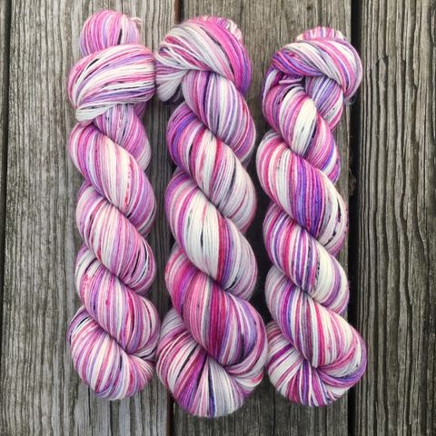 Dance,of,the,Sugar,Plum,Fairies,yarn, hand dyed, wool, christmas yarn