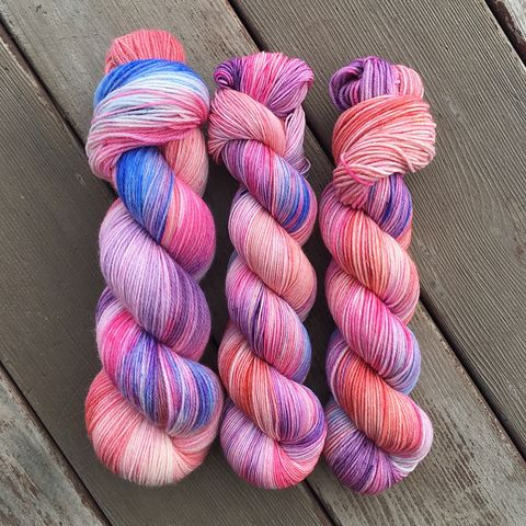 Spectrespecs,~,Harry,Potter,Inspired,Yarn,yarn, Hand dyed, kettle dyed, Harry Potter, spectrespecs, luna lovegood, magic yarn