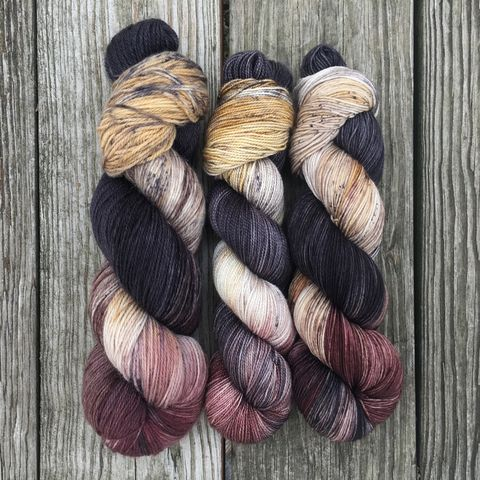 Samwell,Tarly,~,Game,of,Thrones,Inspired,Yarn,yarn, Hand dyed, kettle dyed, Game of Thrones, game of thrones yarn, wool, handdyed, sawmill yarn, tarly yarn