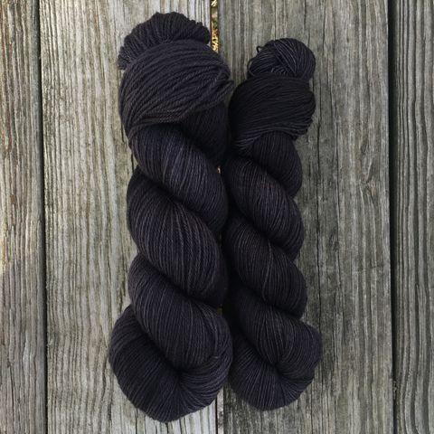 I'll,Await,Your,Raven,~,Game,of,Thrones,Inspired,Yarn,yarn, Hand dyed, kettle dyed, Game of Thrones, game of thrones yarn, wool, handdyed, sand snakes, sandsnakes, martell, house martell