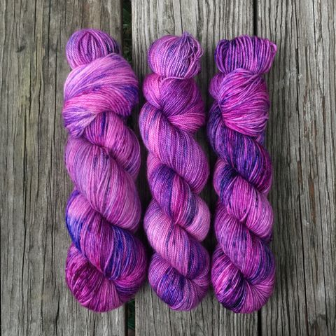 Amortentia,(Love,Potion),~,Harry,Potter,Inspired,Yarn,yarn, kettle dyed, Harry Potter, Potions, yarn, harry potter yarn, love potion