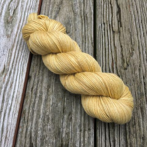 Honey,yarn, hand dyed, wool, color work yarn, colorwork, handdyed, indie dyed, tonal, solid