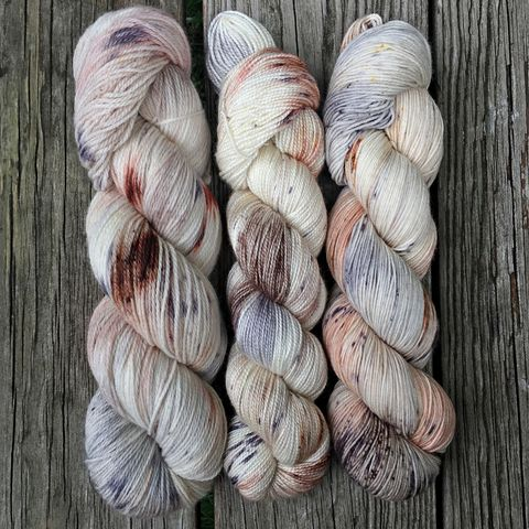 I'll,Await,Your,Owl,~,Harry,Potter,Inspired,Yarn,yarn, Hand dyed, kettle dyed, Harry Potter, Owl, hedwig, harry potter yarn, hedwig yarn