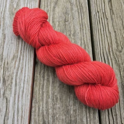 Poppy,yarn, kettle dyed, indiedyed yarn, solid yarn, tonal yarn
