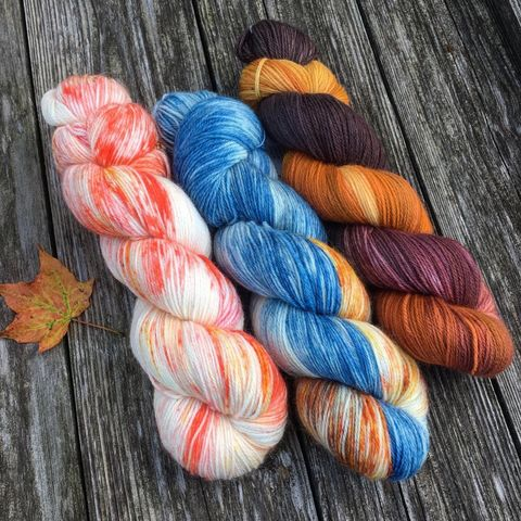 Falling,Leaves,Kit,yarn, Hand dyed, kettle dyed, wool, handdyed, fade kit, find your fade, so faded, comfort fade