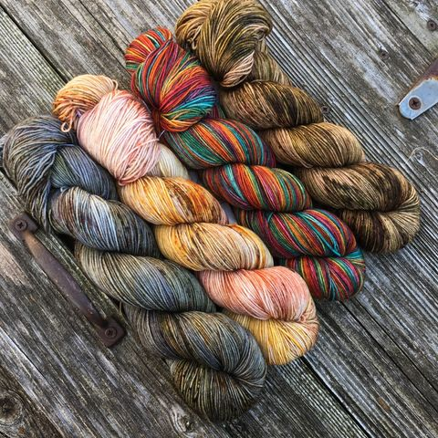 Autumn,Rainbow,in,the,Pumpkin,Patch,Kit,yarn, Hand dyed, kettle dyed, wool, handdyed, fade kit, find your fade, so faded, comfort fade