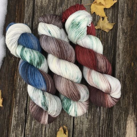 Three,Barns,in,Winter,KIT,yarn, hand dyed, wool, handdyed, indie dyed, christmas yarn, holiday yarn, old barn in winter, winter barn, winter yarnhanddyed, winter yarn