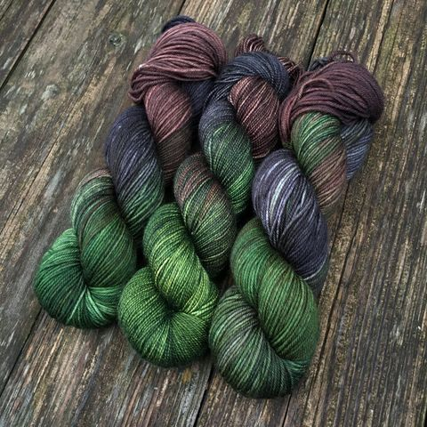 Strider,,Ranger,of,the,North,~,Lord,Rings,Inspired,Yarn,Hobbit, yarn, superwash, handdyed, kettle dyed, Mirkwood, middle earth, lord of the rings