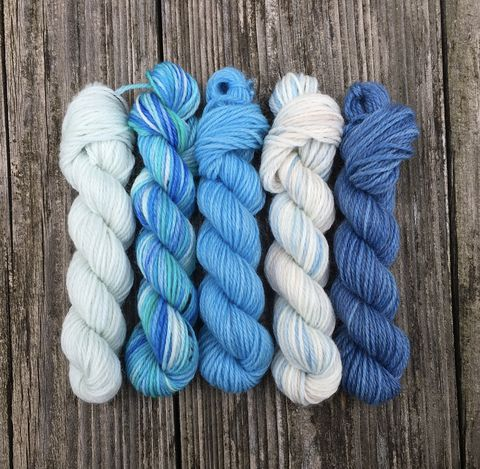 Cumulus,Mini,Coquette,Skein,Pack,mini skeins, minis, yarn minis, sample yarns , sample pack , sample skeins, Hogwarts, Hogwarts Christmas, Harry Potter