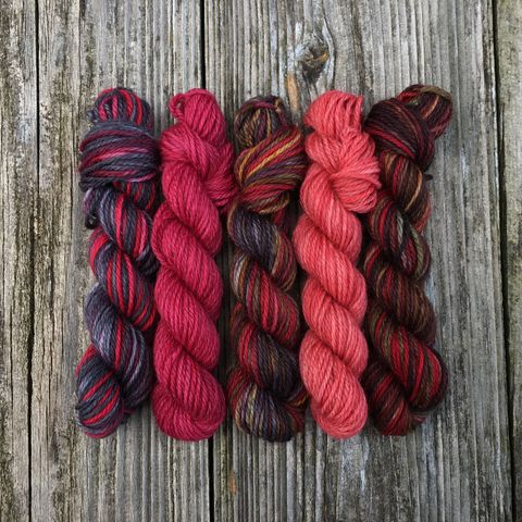 Casino,Royale,Mini,Coquette,Skein,Pack,mini skeins, minis, yarn minis, sample yarns , sample pack , sample skeins, Hogwarts, Hogwarts Christmas, Harry Potter
