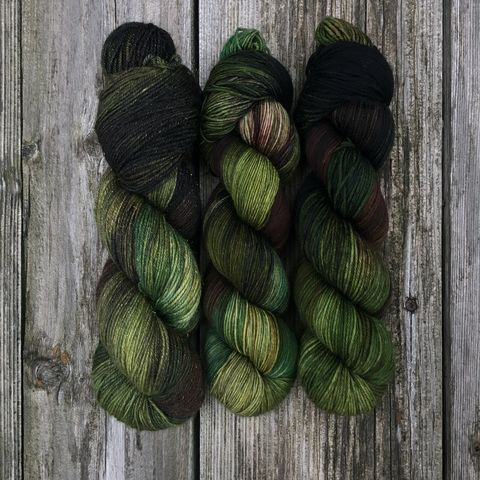 A,Ride,Through,the,Highlands,~,Outlander,Inspired,Yarn, Dragonfly in Amber, yarn, hand dyed, kettle dyed