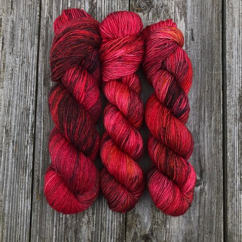 Balrog,-,Tolkien,Inspired,yarn, kettle dyed, indiedyed yarn, middle earth, Tolkien, lord of the rings