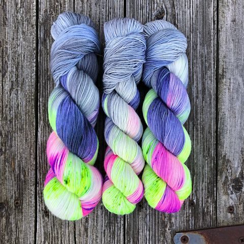 Skelegrow,~,Harry,Potter,Inspired,Yarn,yarn, Hand dyed, kettle dyed, Harry Potter, potion yarn, harry potter yarn, hogwarts yarn, luna lovegood, radish earrings , magic yarn
