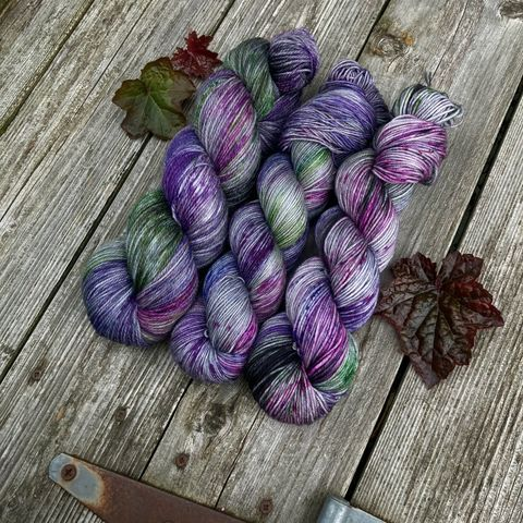 Bilbo's,Trolls,~,Lord,of,the,Rings,Inspired,Yarn,Hobbit, yarn, superwash, handdyed, kettle dyed, Mirkwood, middle earth, lord of the rings
