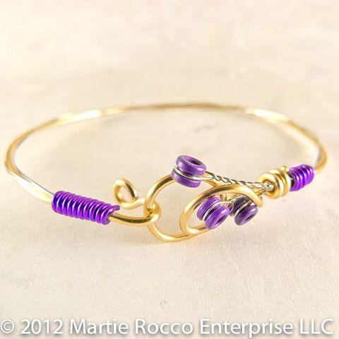 Guitar,string,bangle,bracelet,purple,wire,wrap,hook,clasp,Guitar string bangle bracelet purple wire wrap hook clasp
