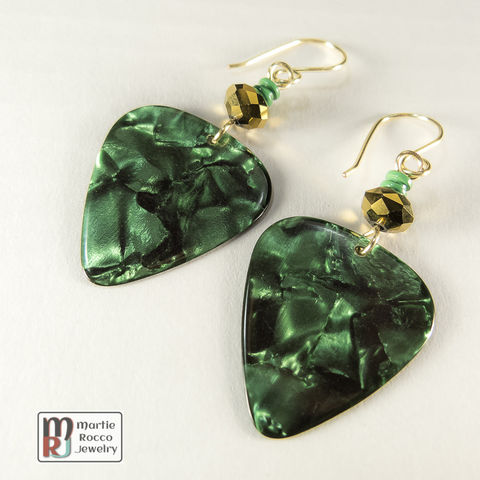 Green,Pearl,Guitar,Pick,dangle,earrings,gold,mirror,bead,Green Pearl, Guitar Pick, dangle earrings, gold mirror bead