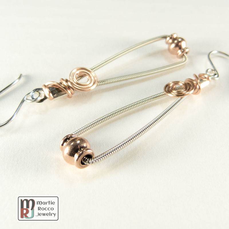 Guitar string earrings trapeze style with copper bead - product images  of