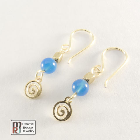 Blue,Onyx,and,brass,earrings,with,spiral,charm