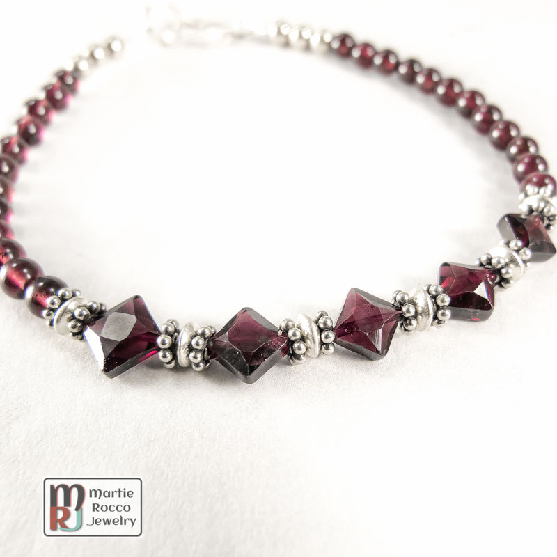 Garnet and sterling silver bracelet. - product images  of