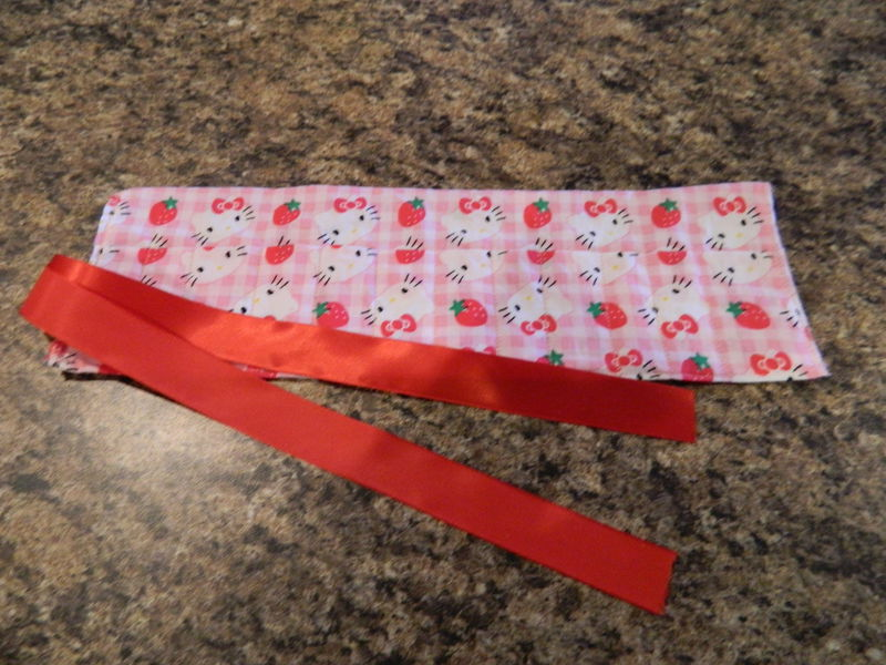 Hello Kitty Crayon Roll - product image