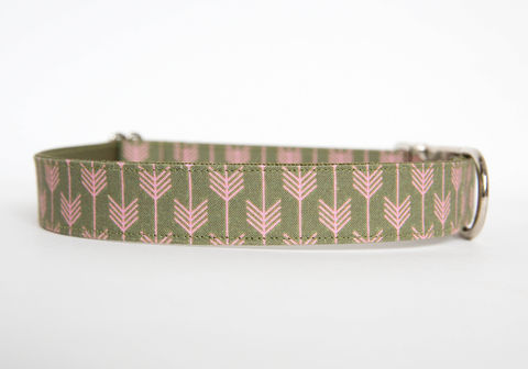 Camp,Dog,Collar,-,Olive/Pink,dog collar, arrow, arrows, camp dog collar, military dog collar, nickel hardware, olive, pink