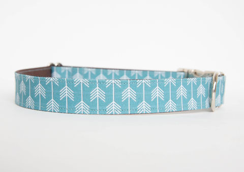 Camp,Dog,Collar,-,Blue/White,dog collar, arrow, arrows, camp dog collar, military dog collar, nickel hardware, blue
