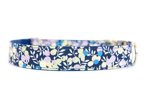 Liberty,of,London,Dog,Collar,-,Navy,&,Lavender,Berries,liberty of london dog collar, dog collar, southern dog collar, floral dog collar, pink, red