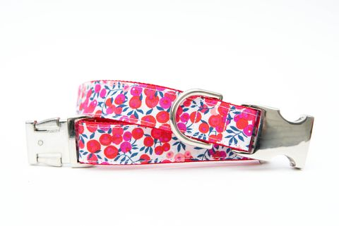 Holly,Berries,Christmas,Dog,Collar,christmas dog collar, dog collar, holly berries, liberty of london