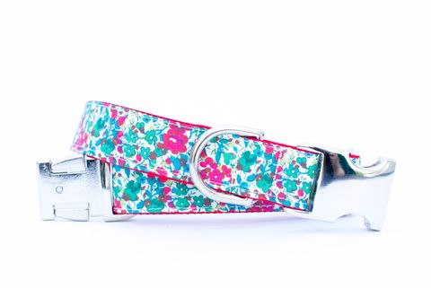 Christmas,Blossoms,Dog,Collar,christmas dog collar, dog collar, holly berries, liberty of london