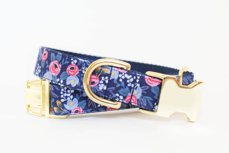Les Fleurs Rosa Flora Dog Collar in Navy - product image