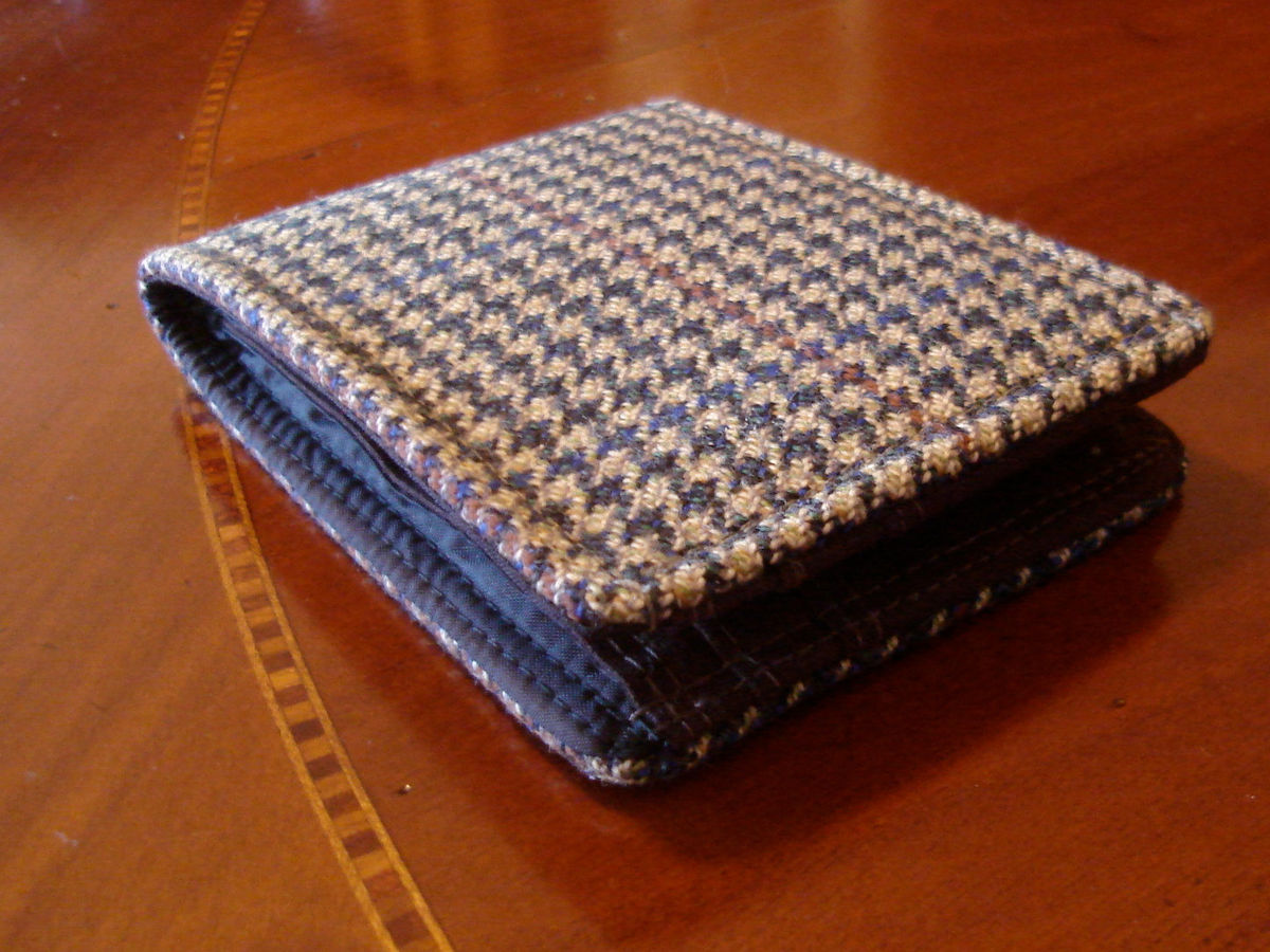 Men's wool wallet tweed houndstooth green 7 pocket billfold - product image